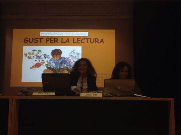 Pepi Torres i Judith Forès durant la presentació